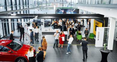 Новый дилерский центр RENAULT и LADA