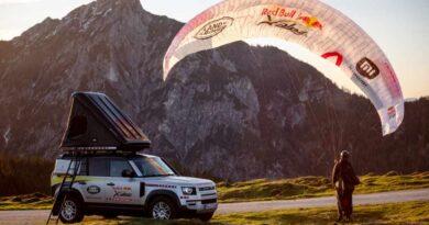 Land Rover Defender на экстремальной гонке Red Bull X-Alp